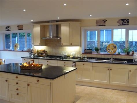 cream shaker kitchen ideas cream shaker kitchen canford cliffs purbeck bathrooms