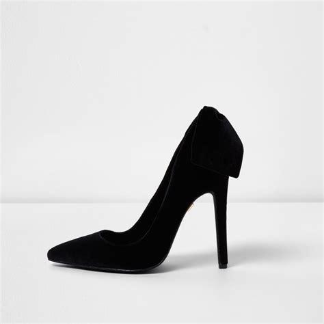 River Islands Bow Trim Sandal by Black Velvet Bow Back Court Shoes Gifts Sale