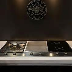 Induction And Gas Combination Cooktop A Combination Of I Cooking Induction And Icg Gas Wok