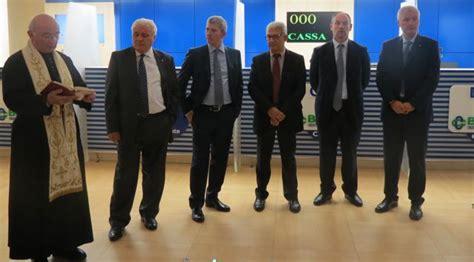 credito cooperativo carugate bussero nuova filiale e look rinnovato per la bcc di