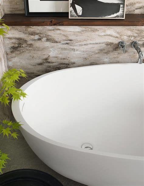 corian bathtubs freestanding oval corian 174 bathtub corian 174 delight 8430 by dupontprotectionsolutions