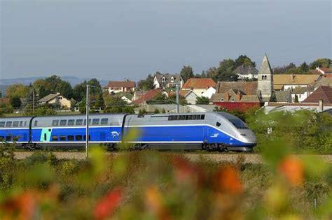 barcelona to paris train new high speed train service links paris and barcelona