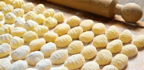 cuisiner les gnocchis que servir pour accompagner les gnocchis aux fourneaux