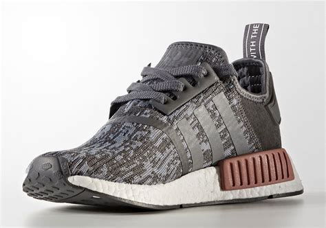 Adidas Nmd R1 Gray Pink Ua 1 adidas nmd r1 grey pink by9647 sneakernews