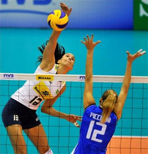 239 best images about volleyball on pinterest volleyball sheilla castro bra spaking over francesca piccinini ita