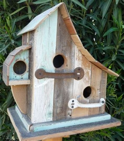 cool bird house plans 384 best birdhouses images on pinterest birdhouses