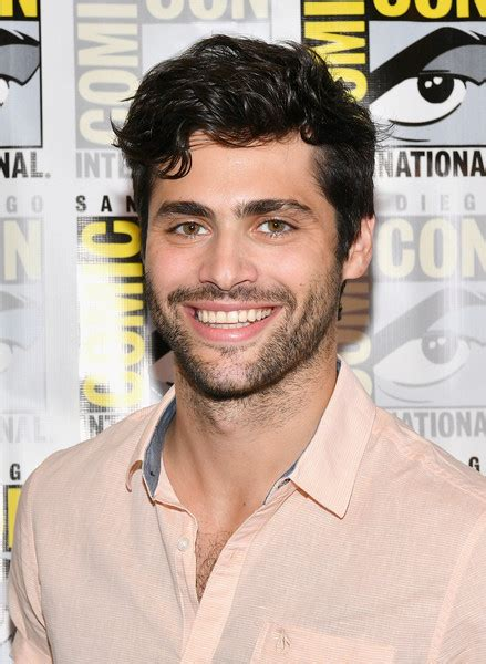 matthew daddario comic con matthew daddario photos photos comic con international