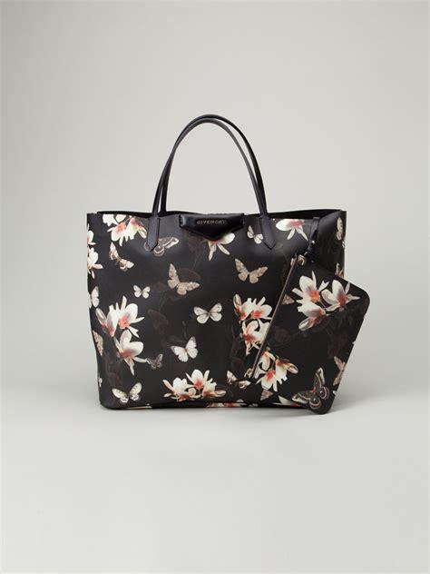 Givenchy Antigona 314 givenchy magnolia moth large antigona shopper tote multi