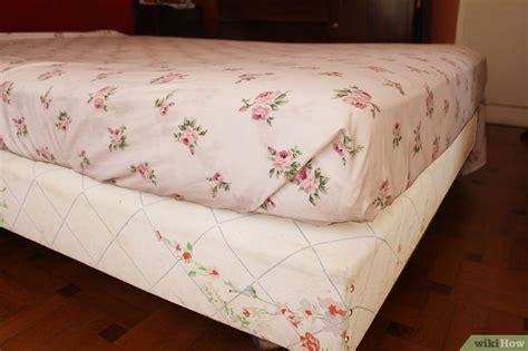come togliere le macchie di sangue dal materasso come fare il letto con gli angoli da ospedale wikihow