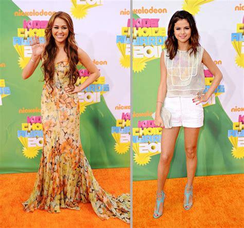 Homypro Miley Casual Sepatu Black foto casual vs klasik di carpet kca 2011 kabar berita artikel gossip wowkeren