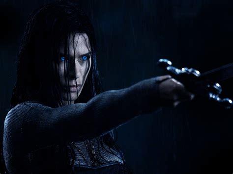 download film underworld rise of the lycans wallpaper black actress model singer underworld sword