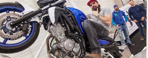 Motorrad Wheelie Lernen by Wheelie Sturzfrei Lernen Real Free Wheelie Trainer