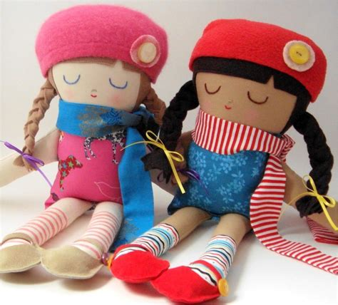 Handmade Fabric Dolls - ebabee likes made fabric dolls so