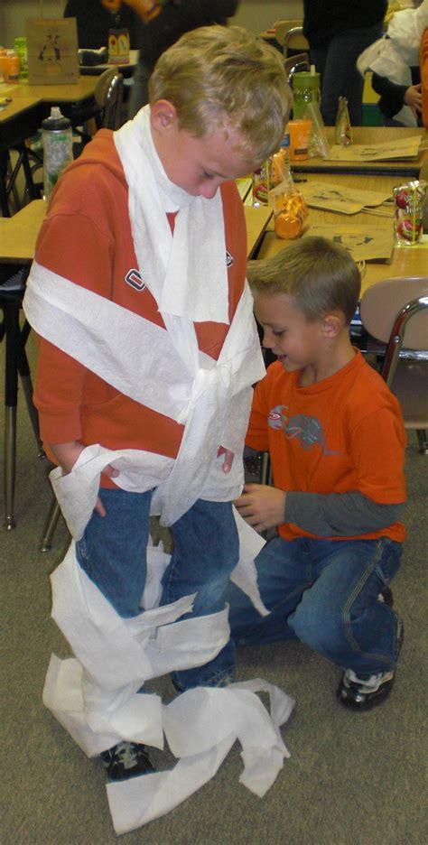 halloween school party ideas parentsavvy