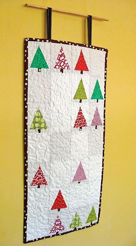 quilted christmas tree wall hanging sewing pinterest