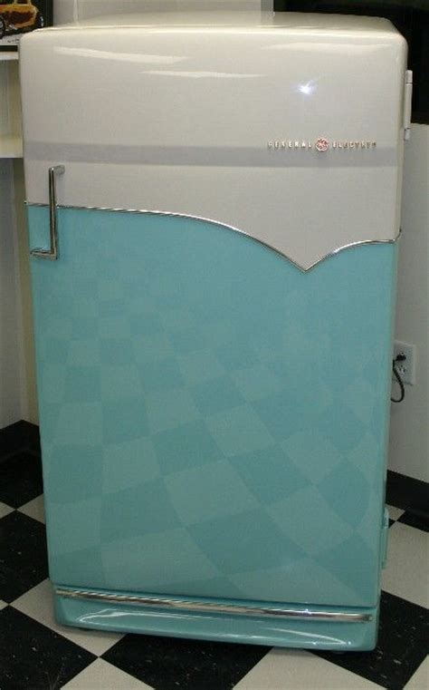 Freezer Box Aqua vintage aqua coloured streamline modern ge refrigerator