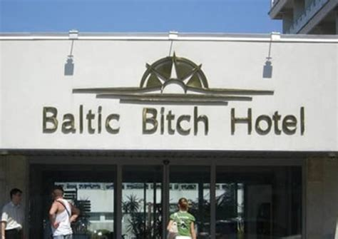 What Is The Name Of The Resort In Couples Retreat 15 Bad Hotel Names