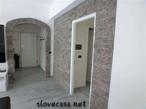 soggiorno con muro in pietra soggiorno con muro in pietra rivestire una parete con la