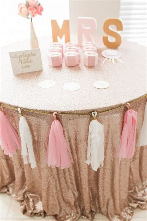 Easy To Make Baby Shower Party Favors - 25 best ideas about bridal shower pink on pinterest gold bridal showers bridal showers and