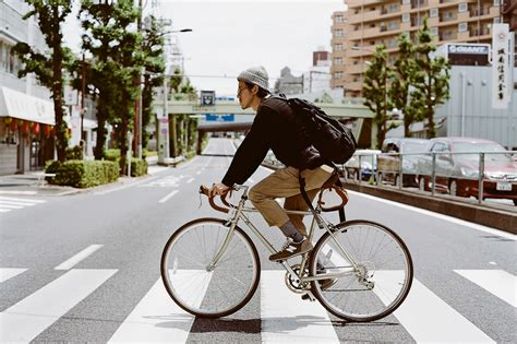 how to ride a bike in tokyo mechanical dummy