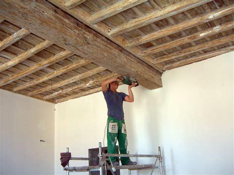 soffitti in legno a cassettoni progetto pulitura e sigillatura cassettoni soffitti idee