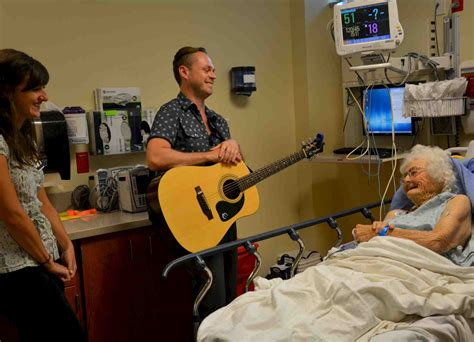 shands emergency room uf s center for arts in medicine awarded national endowment for the arts grant news college