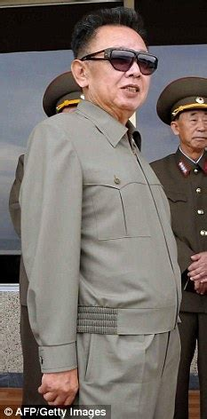 jong un official zipper jong il becomes global fashion icon thanks to his