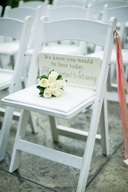 sentimental wedding ideas remembering loved