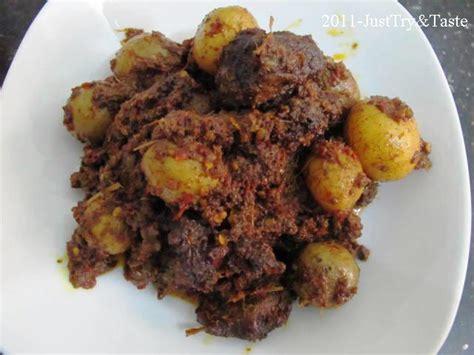 taste rendang daging sapi kentang