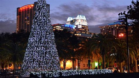 lake eola christmas lights eola tree light and show