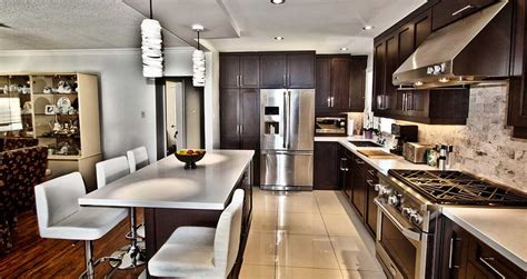 Toronto Kitchen Design by Toronto Custom Kitchen Cabinets Bathroom Vanities