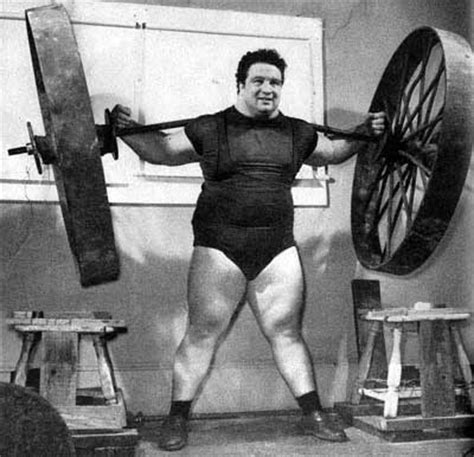 Most Weight Ever Benched File Paul Anderson Durante Lo Squat Con Una Ruota Di