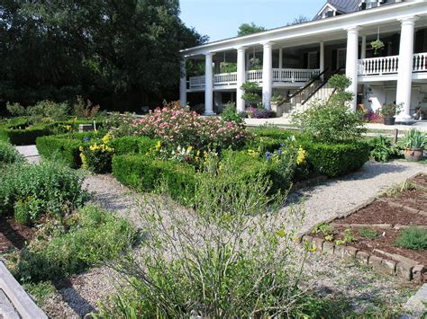 file front house garden at magnolia plantation jpg