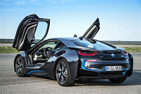 BMW i8   CarFab.com