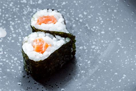 Sushi Without Mat by Is It Safe To Eat Sushi While