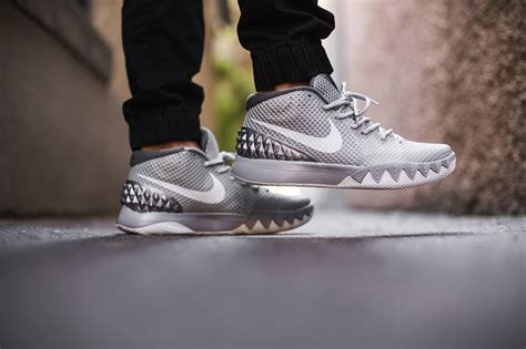 Kyrie 4 Wolf Grey buy cheap kyrie 4 grey nike kd shoes for nike basketball shoes sale