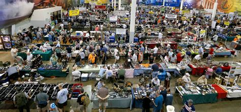 Background Check Gun Show Only 1 Denied Arrested In Voluntary Background Checks At 41 Va Gun Shows State