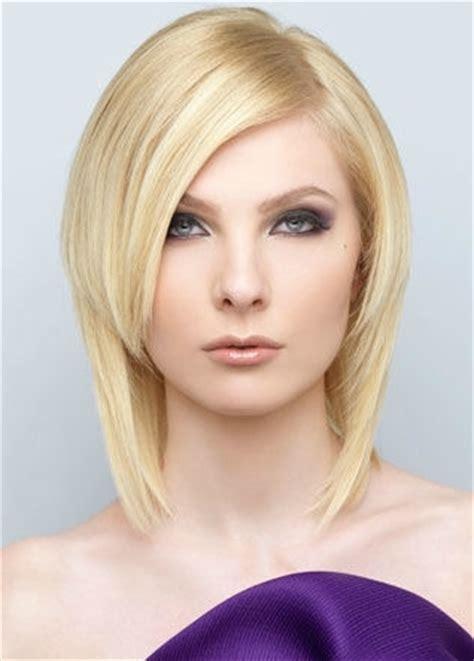 medium haircuts to slim slimming medium haircut ideas