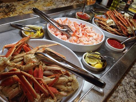 Cold Seafood Bar Snow Crap And Peeled Shrimp At The Best Buffet In Blackhawk Colorado