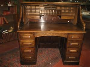 antique roll top desk 1920 s oak roll top desk antiques atlas