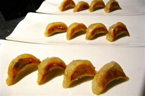 ravioli di carne fatti in casa ravioli cinesi dumpling fatti in casa dissapore