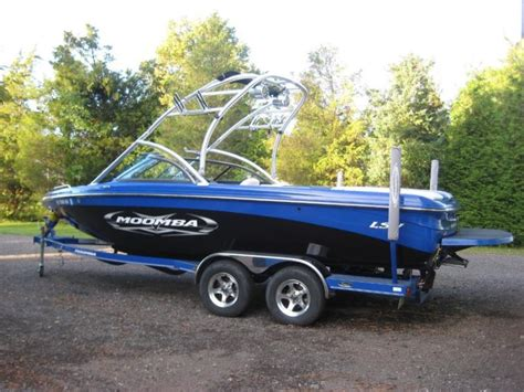 wakeboard boat stereo systems wakeboard boat stereo system boats for sale