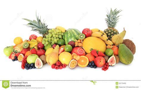 imagenes de varias chidas pila enorme de varias frutas foto de archivo imagen de
