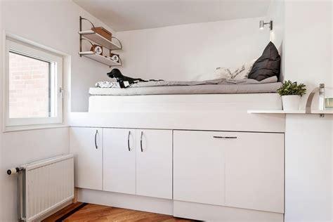 schrank unter hochbett das moderne hochbett f 252 r erwachsene f 252 r mehr wohnraum
