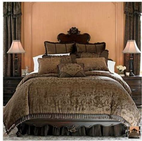 chris madden bedding chris madden brown damask jacquard queen comforter set new