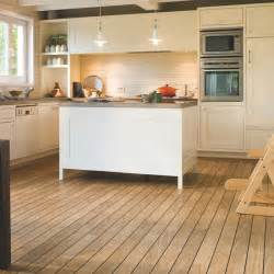 Kitchens With Wood Floors Step Varnished Oak Laminate Wood Flooring Housetohome Co Uk