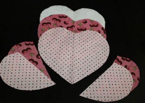 pattern for heart shaped oven mitt heart shaped potholder thriftyfun