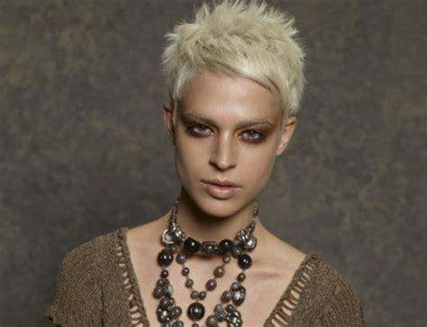 kurzhaarfrisuren  blond frauen aktuelle und neue