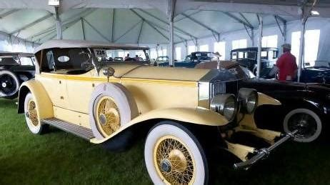 yellow rolls royce great gatsby around the the great gatsby proves recession proof