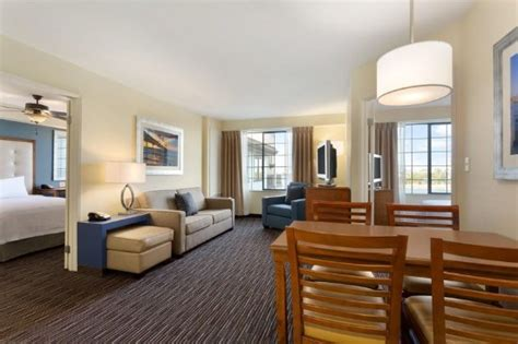 hotels in san diego with 2 bedroom suites homewood suites by hilton san diego airport liberty